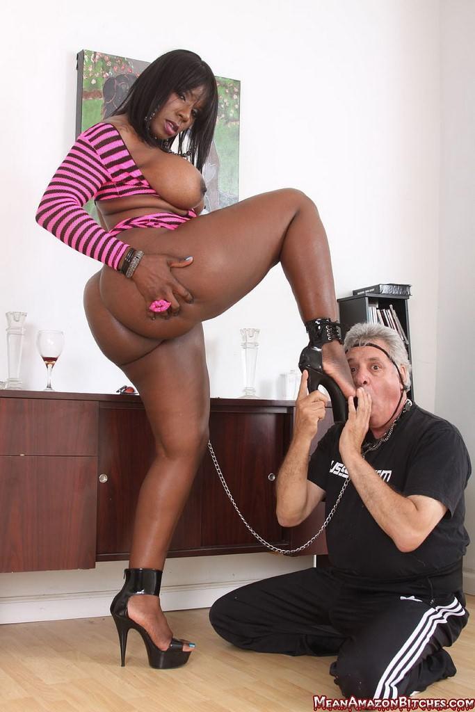 порно фото чернокожей госпожи